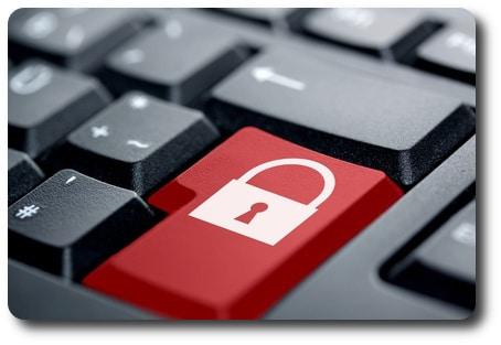 Datenschutz rote Taste © IckeT - Fotolia.com